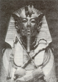 Gold coffin of King Tut-ankh-amon.